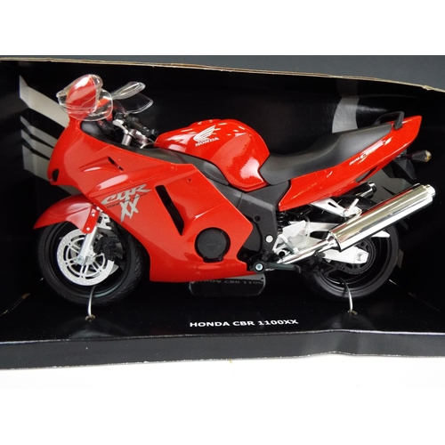 18 - Five automaxx 1:12 scale  detailed models of Motorcycles.  Boxed and unused.