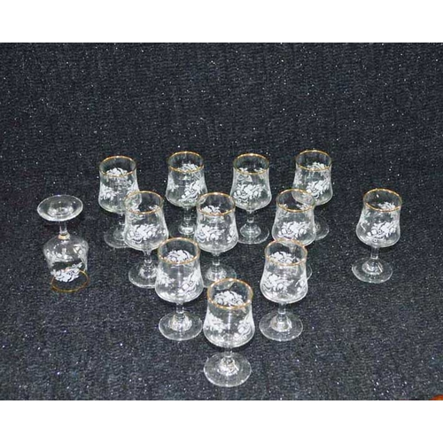 48 - A Lot of Twelve Decorated Glasses