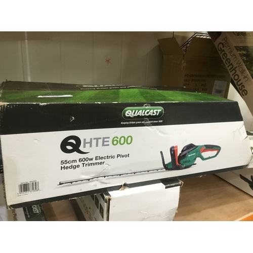 48 - Boxed Qualcast HTE600 hedge trimmer...