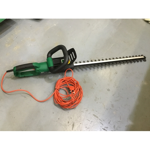 52 - Qualcast 600w electric hedge trimmer - unboxed...