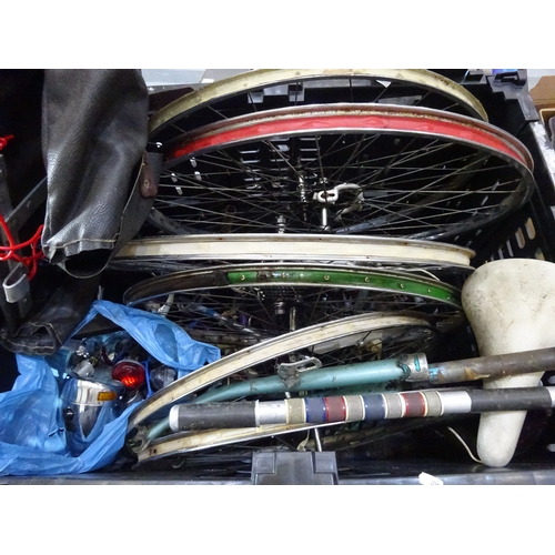120 - Quantity of vintage bike parts...