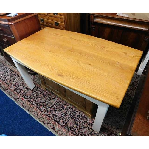 59 - A Peter Bromfield oak topped farmhouse kitchen table with painted legs 59.25in long x 36in wide...