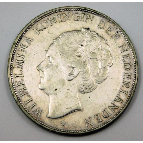 4 - Wilhemina Queen of the Netherlands coin 1929 2 1/2 guilders 38mm 25g...