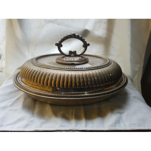 27 - old silver plated dish 0799...