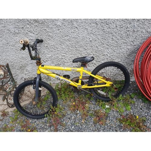 17 - Stunt bike...