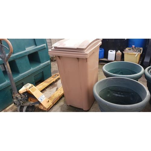 44 - brown bin (perfect)...