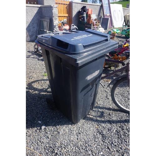 60 - black bin