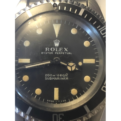 522 - A Gentleman's Rolex Oyster Perpetual Submariner stainless steel automatic wrist watch in working ord...