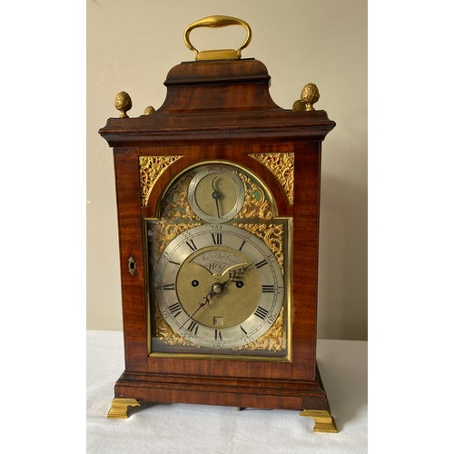 937 - A fine quality 18thC mahogany bracket clock by John Baker of Hull, with double fusee movement, verge...