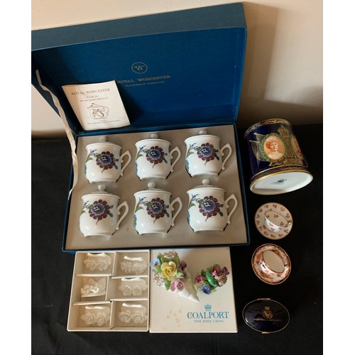 47 - Boxed Royal Worcester chocolate pots, boxed Coalport place name holders, 2 miniature Royal Crown Der...