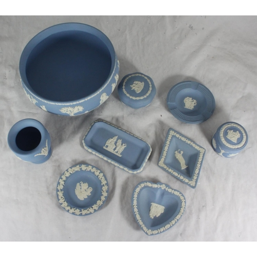 46 - A small collection of assorted Wedgwood Jasperware items including a bowl, pin dishes, small trinket...