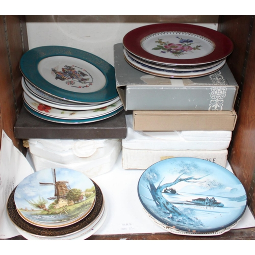 32 - SECTION 32.  Various commemorative and limited-edition plates including Royal Albert 'Autumn Playtim...