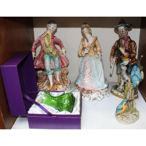 15 - SECTION 15.  Three Capo-di-Monte porcelain figures, a William Yeoward green vase (boxed), and a Tevi...