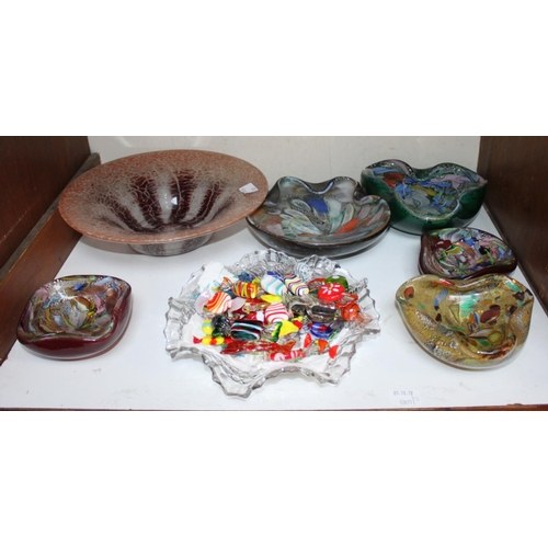 2 - SECTION 2. Five assorted Murano glass ashtrays of varying sizes, together with a bowl containing app...