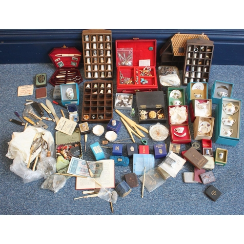 A quantity of assorted mixed collectables including propelli...