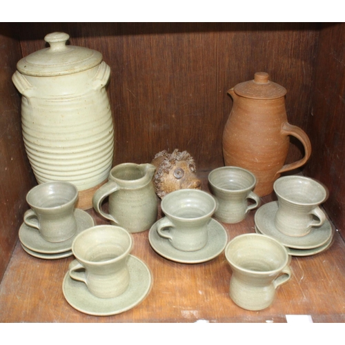39 - SECTION 39. A small collection of Leach, St Ives pottery, comprising a 13-piece tea set, a jug, a la...