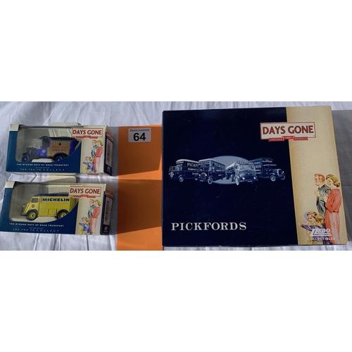 64 - Lledo Pickfords Commemorative set etc