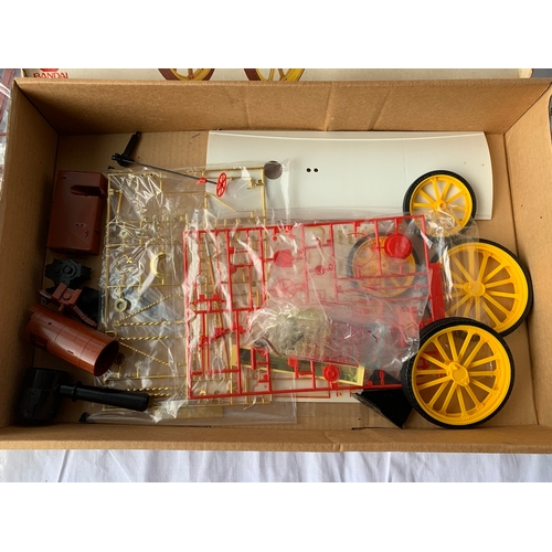 66 - Bandai 1/16 Scale Garrett 1919 Steam Tractor Kit