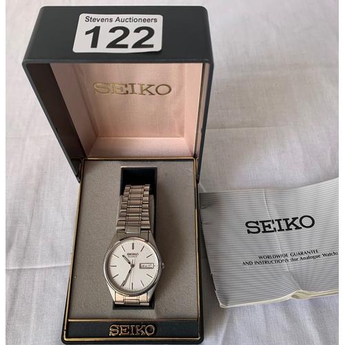 122 - Seiko Gentleman's watch - boxed