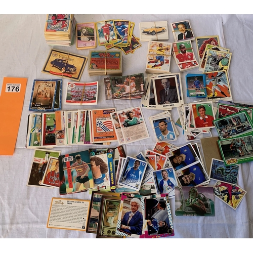 176 - Collection of contemporary Trade Cards etc