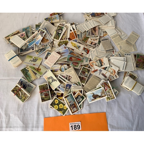 189 - Large collection of cigarette cards