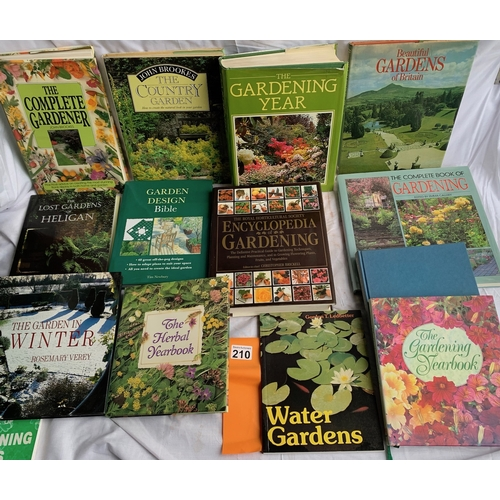 210 - Good collection of gardening books
