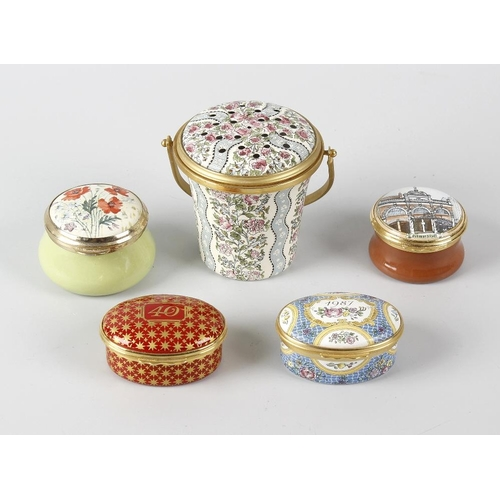 188 - A small group of various enamel boxes, comprising four Halcyon Days examples to include one decorate...