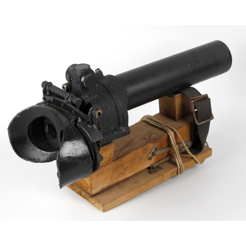 492 - A World War II era gun-sighting telescope, the 2.25 barrel stamped 7x50 GUN SIGHTING TELESCOPE  PATT...