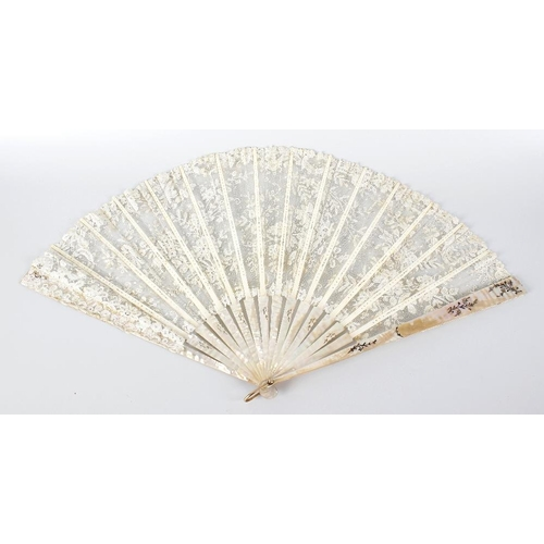 494 - A Victorian mother of pearl and lace panelled folding ladies fan, each of the eighteen  ribs with en...