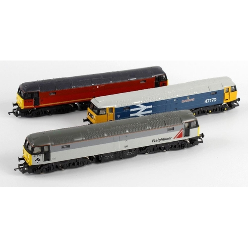 568 - A box containing a selection of ten assorted 00 gauge model railway locomotives, to include Hornby '...