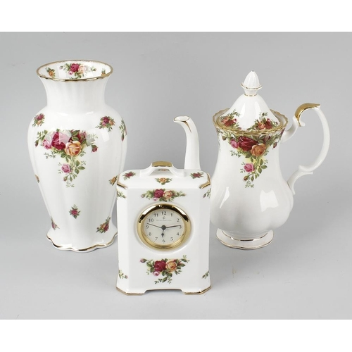 615 - Two boxes containing Royal Albert 'Old Country Roses' teawares and ornaments, to include dinner and ...