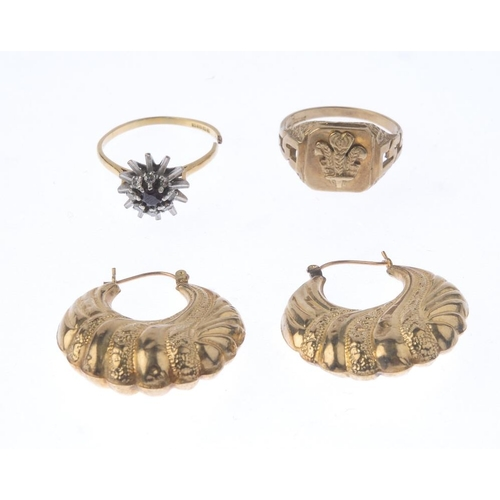 1108 - (131492-1-A) A selection of jewellery. To include an 18ct gold cluster ring, a 9ct gold signet ring,...