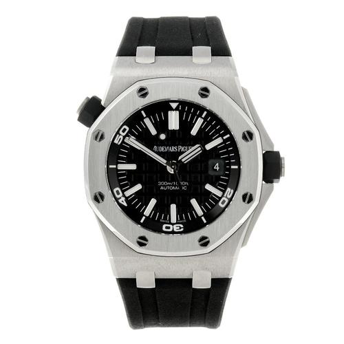 1458 - (547987-1-A) AUDEMARS PIGUET - a gentleman's stainless steel Royal Oak Offshore Divers wrist watch. ...