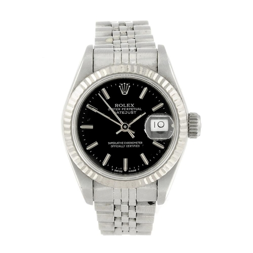 1466 - (550314-3-A) ROLEX - a lady's bi-metal Oyster Perpetual Datejust bracelet watch. Reference 69174, se...