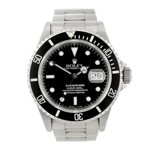 1468 - (7000800-1-A) ROLEX - a gentleman's stainless steel Oyster Perpetual Date Submariner bracelet watch....