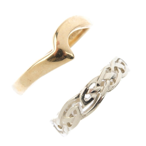 331 - Six 9ct gold band rings. To include an openwork band ring, a shaped band ring and four plain band ri...