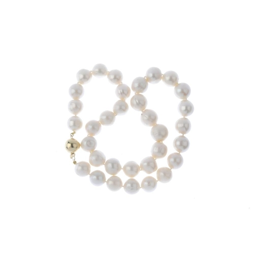 333 - A cultured pearl single-strand necklace. Comprising a series of thirty-three graduated cultured pear...