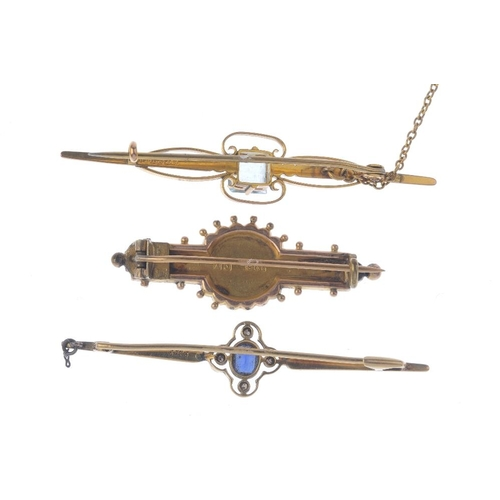 372 - Three brooches. To include a late Victorian 9ct gold bi-colour foliate brooch, together with an earl...