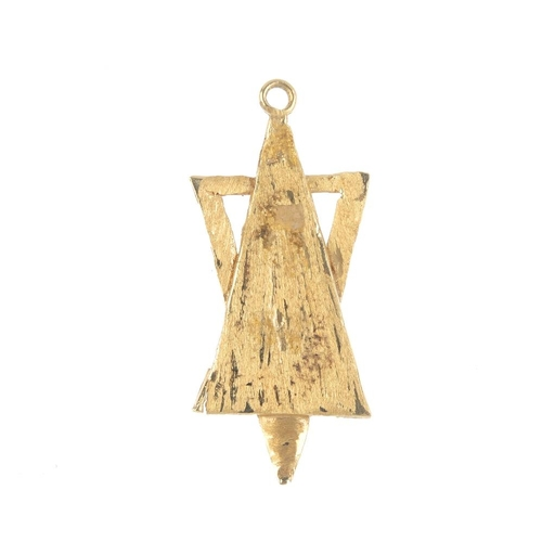 627 - A pendant. Designed as a textured stylised Star-of-David, with ring surmount. AF. Length 4.7cms. Wei...