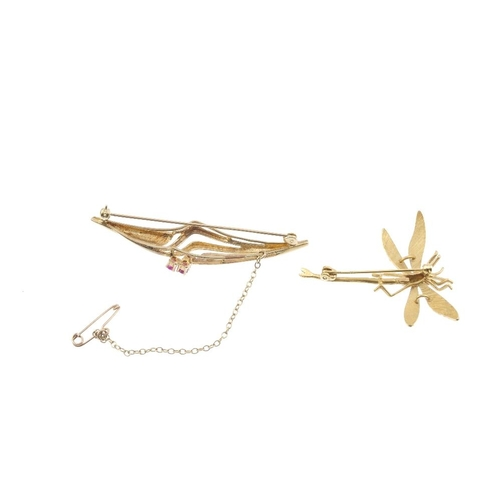 760 - Two 9ct gold brooches. The first designed as a bi-colour dragonfly, the second of abstract design wi...