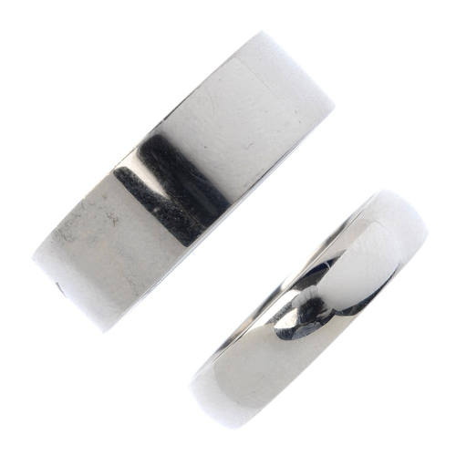 964 - Two palladium band rings. Hallmarks for palladium. Total weight 14.8gms.  <br><li>Overall condition ...