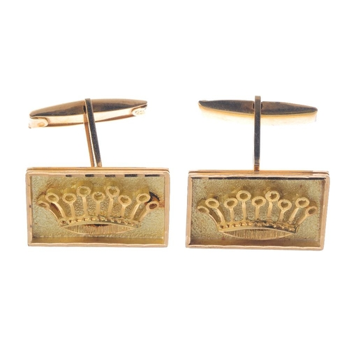 973 - A selection of cufflinks. To include thirteen pairs of cufflinks, together with three single cufflin...