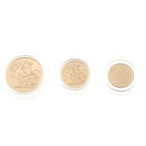 107 - Elizabeth II, gold proof set 1983, Two-Pounds, Sovereign, Half-Sovereign, in Royal Mint case of issu...