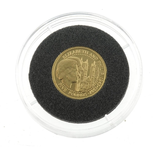 119 - Guernsey, Elizabeth II, gold £5 1997, 24ct., wt. 1/25oz. As issued.  <br>As issued.  <br>...