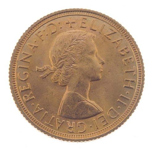 135 - Elizabeth II, Sovereign 1958. Extremely fine. <br>Extremely fine. <br>...