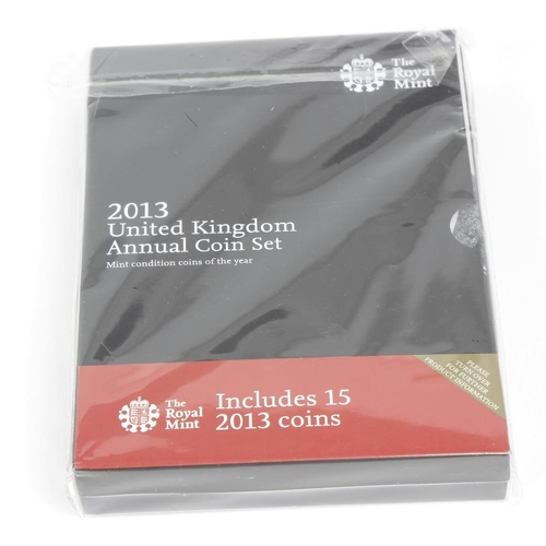 141 - Elizabeth II, London Olympics 2012, collection of 29 different cupro-nickel 50-Pence contained in a ...