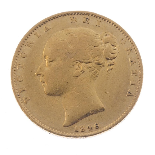 18 - Victoria, Sovereign 1846, young head, rev. shield (S 3852). Good fine.  <br>Good fine.  <br>...