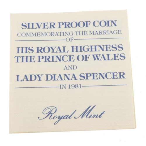 195 - Elizabeth II, modern proof silver commemorative Crowns (16), in cases of issue. As issued. (16). <br...