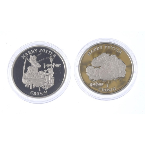 201 - Isle of Man, Elizabeth II, Harry Potter silver proof Crowns 2001 (6), by Pobjoy Mint, each with a di...