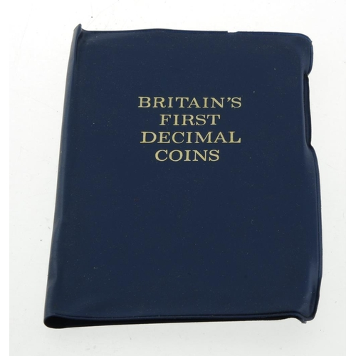 215 - A large selection of 19th century and later mixed UK coinage to include Pre 1920 1740 grams, 1920 to...